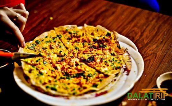 Bánh tráng mỡ hành Đà Lạt – món pizza của Việt Nam