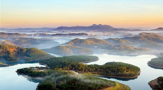 Hồ Tuyền Lâm được gọi là hồ thiên đường Đà Lạt