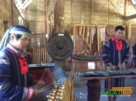 Liên hoan độc tấu và hoà tấu nhạc cụ dân tộc 2014 tại Đà Lạt