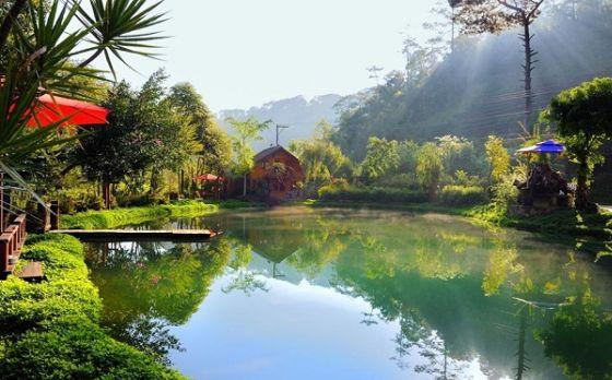 Hồ trước lữ quán