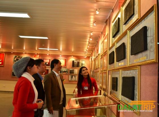 Khu trưng bày mộc bản triều Nguyễn