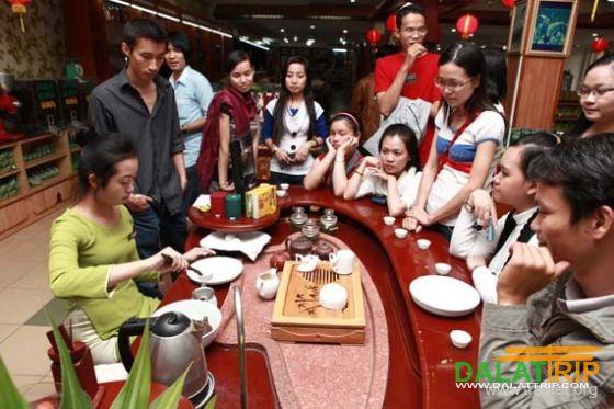 Không gian văn hóa trà Việt - Tâm Châu