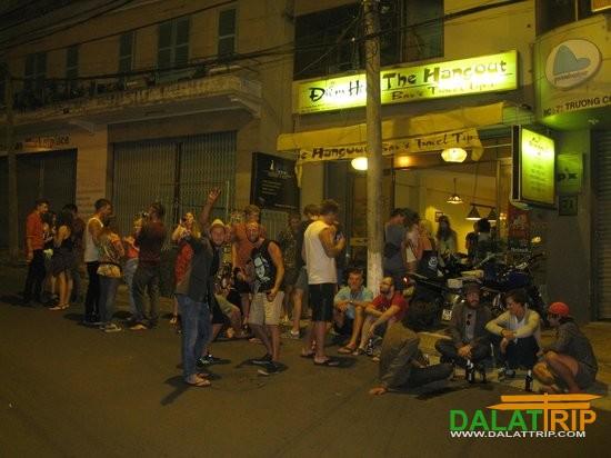 hangout bar ở phố Tây Đà Lạt