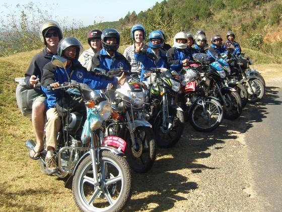 Đội xe ôm chở khách nước ngoài - Easy Rider Đà Lạt