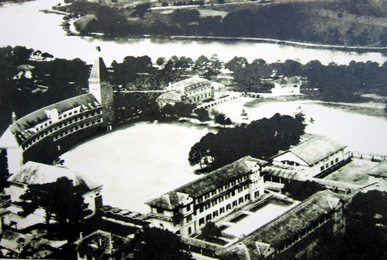 trường Lycée Yersin