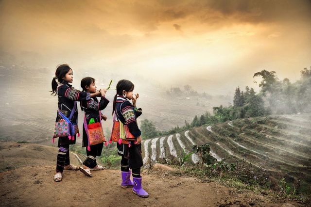 the children in Sapa