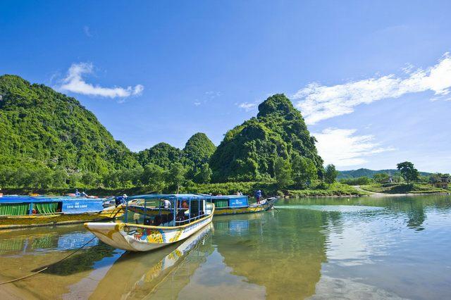 Boat station of Phong Nha Cave