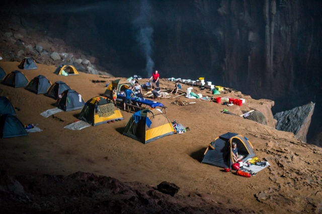 Camping sites in Son Doong