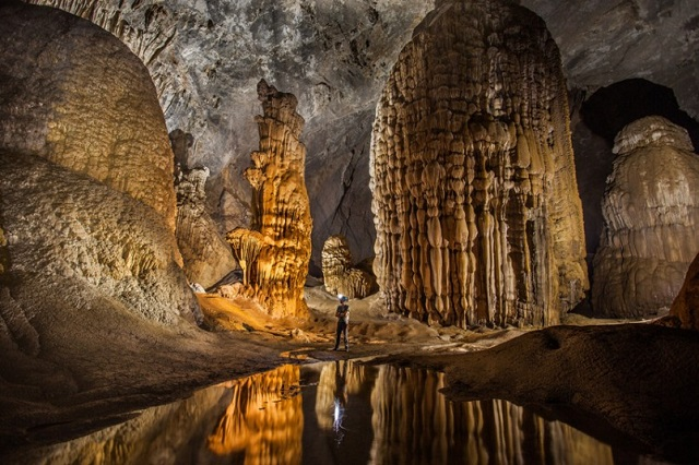 Tour of Son Doong Cave