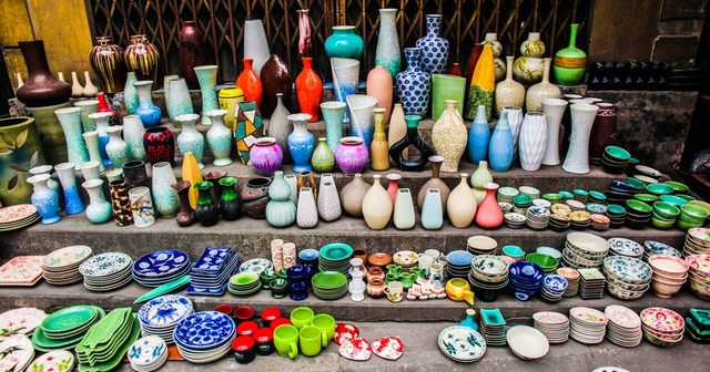 a corner of Bat Trang ceramic village
