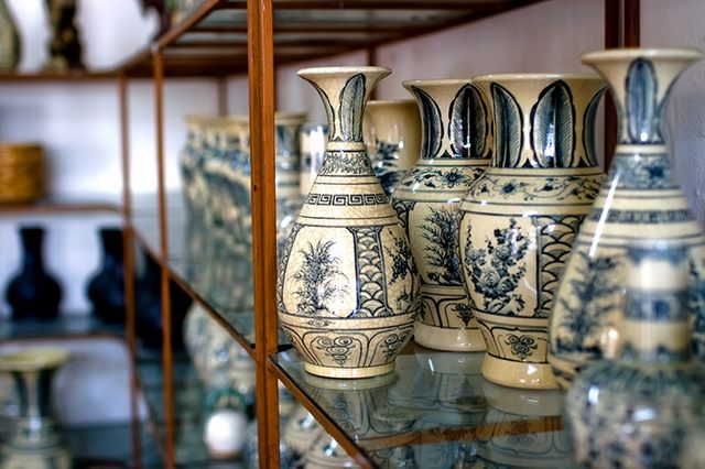 solid glaze jars of antique imitation