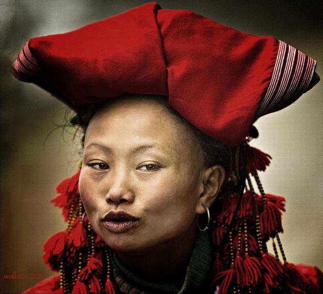 Lovely image of ethnic girls in Northwest