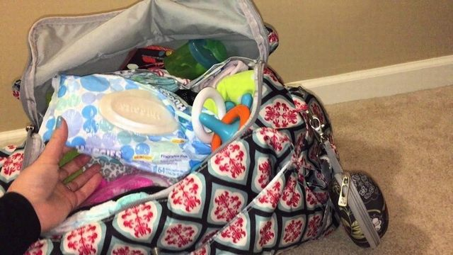 arrange luggage neatly and should sort things private in a child's bag