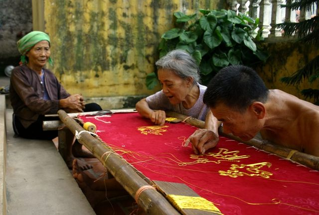 The hand embroidery village of Quat Dong