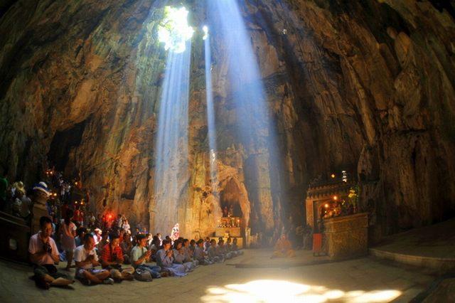 grotte Huyen Khong - marbre