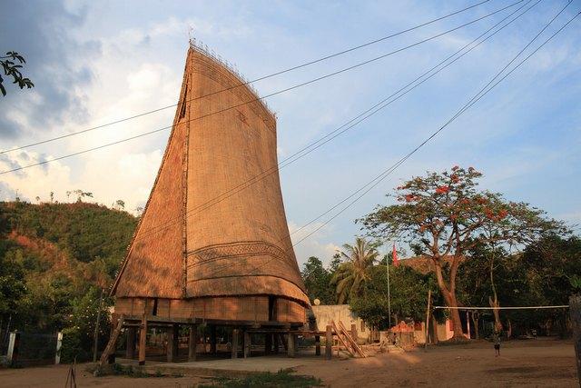 Kon K'tu village