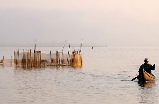 Morning at Lak lake