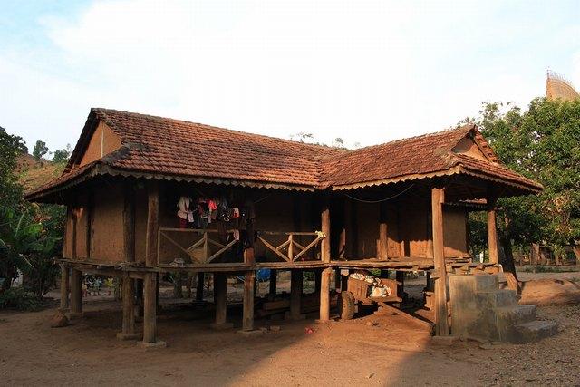 stilt house of Ba Na people