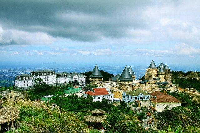 Ba Na Hills view