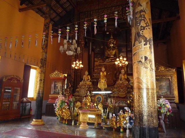 Inside Khleang Pagoda