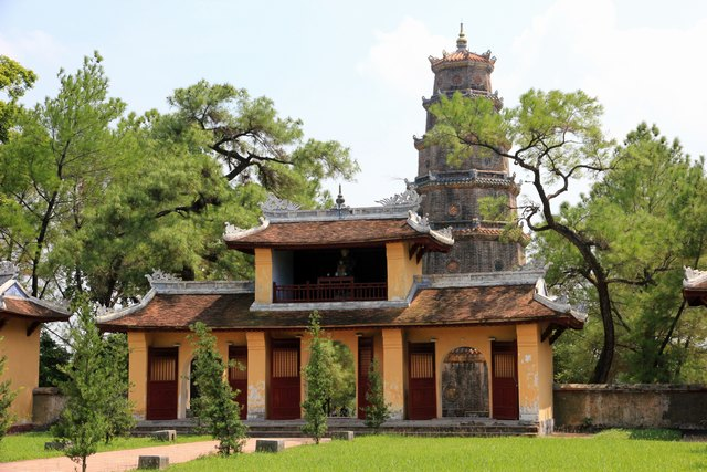 Inside of Thien Mu pagoda