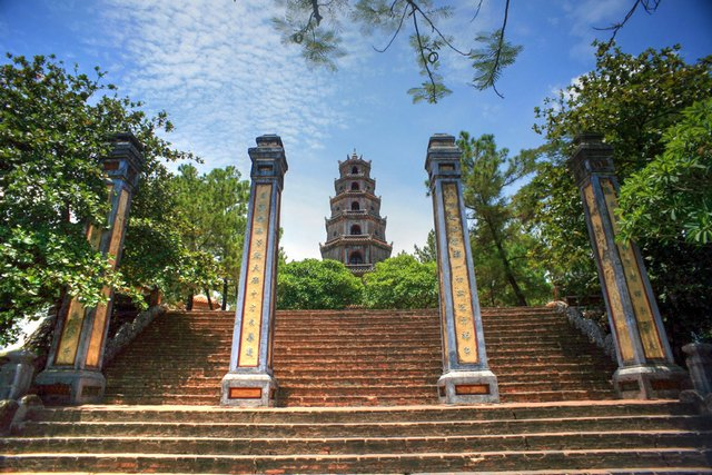 The gate of Thien Mu pagoda