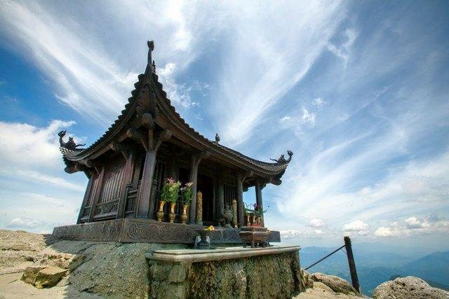the copper pagoda on Yen Tu mountain