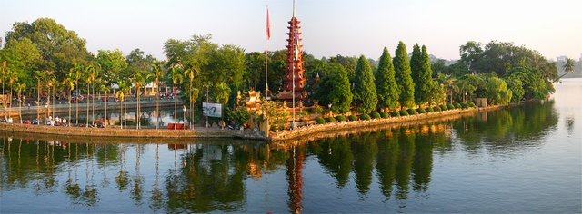 panoramic view of Tran Quoc pagoda