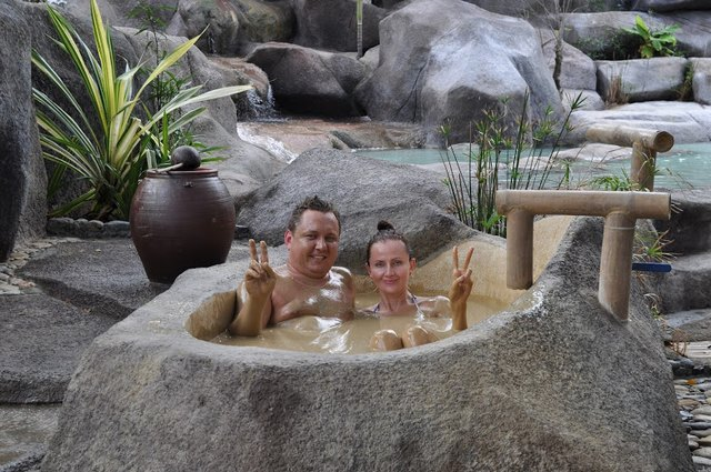I-Resort hot mineral springs 1