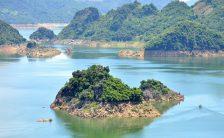 Hoa Binh Lake