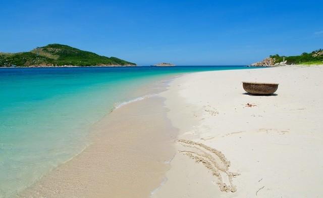 ชายหาด Binh Tien