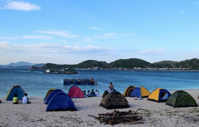 Camping at Binh Tien beach