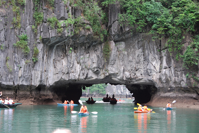 Luon cave in Ha Long Bay