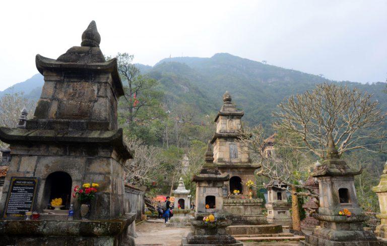 Yen Tu Mountain & temples