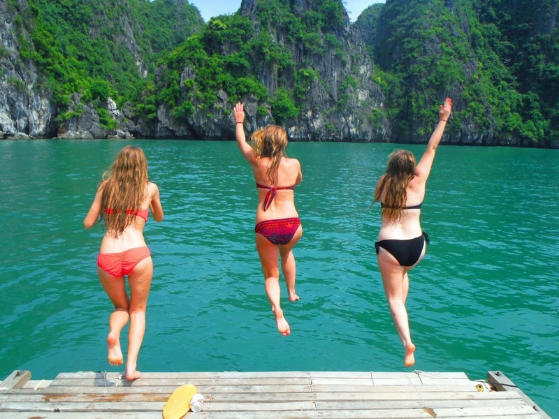 Enjoy your time in Ha Long Bay