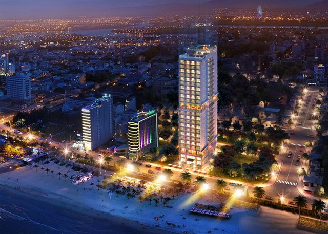 Hotels along the beach in Da Nang