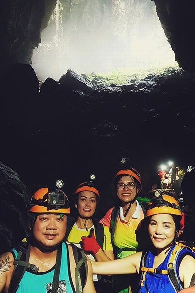 Journey through Son Doong Cave 5