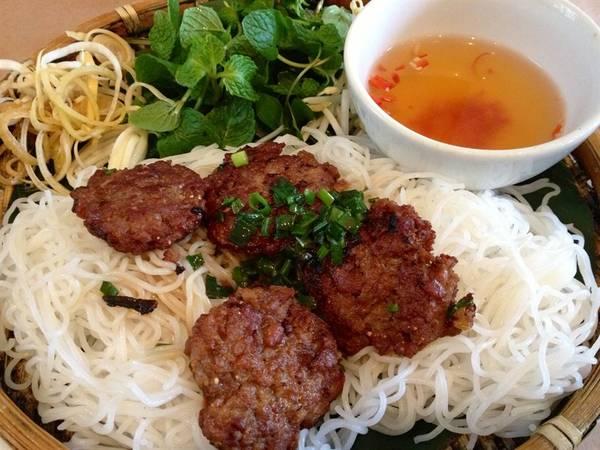 Bun Cha - Hanoi kebab rice noodles