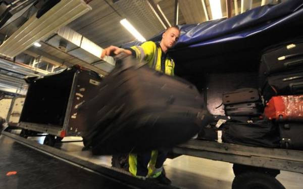 Luggage at the airport - Photo Telegraph