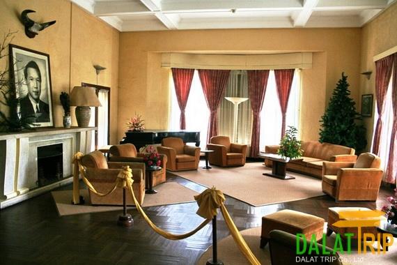 Bao Dai Summer Palace Inside