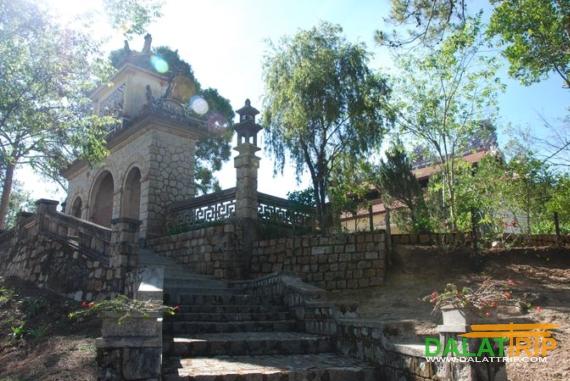 Linh Phong Pagoda