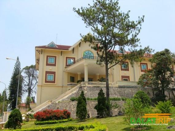 Tran Le Xuan Palace
