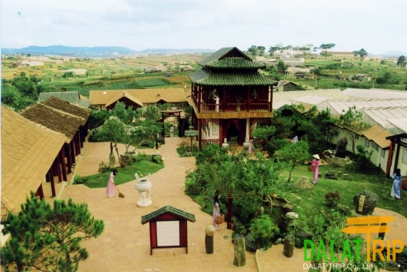 XQ Historical Village