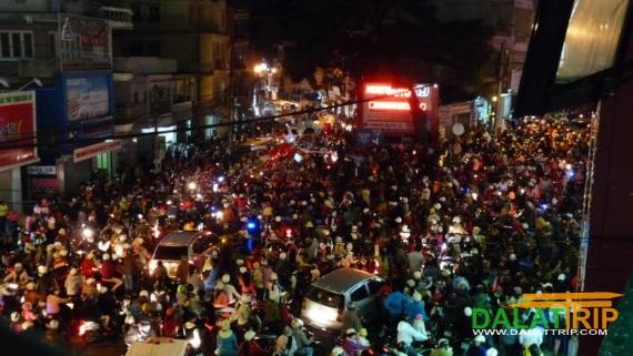 3 Thang 2 street circle