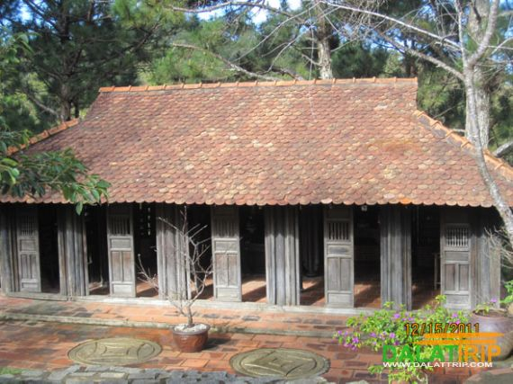Ancient House in Dream Hill