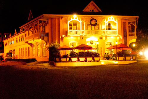 Cafe De La Poste Restaurant