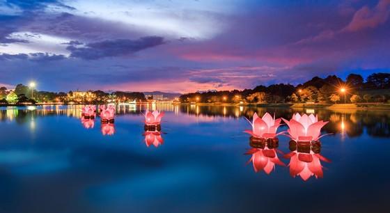 Dalat Vietnam - Xuan Huong Lake