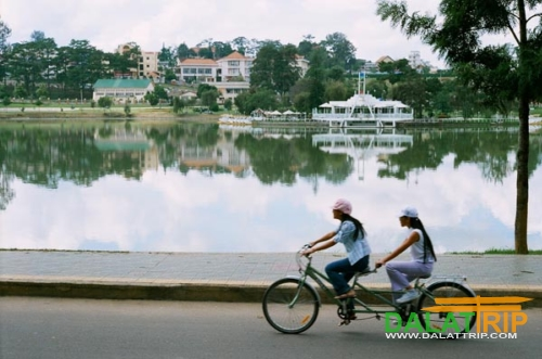 Make your life slow down with a tandem bicycle in Dalat