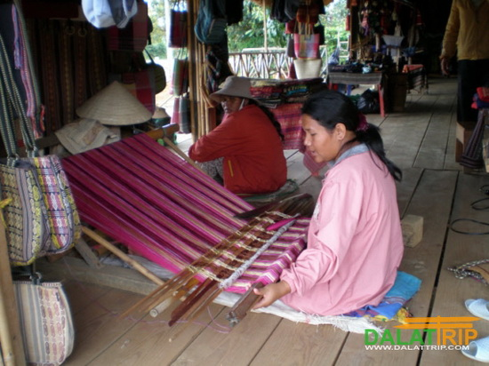 Ethnic group's Weaving
