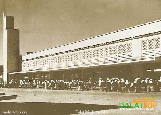 Dalat market in 1948